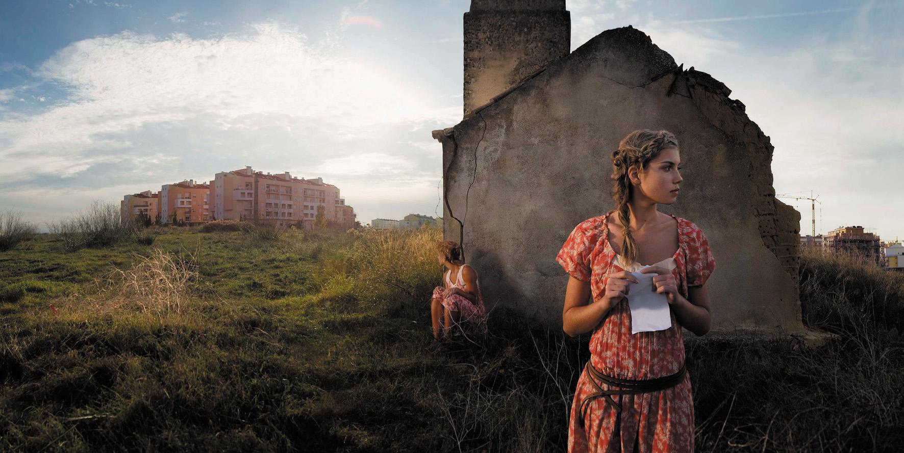 Ellen Kooi expone en Madrid sus paisajes con figuras