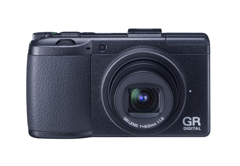 Nueva Ricoh GR Digital III con un f1.9
