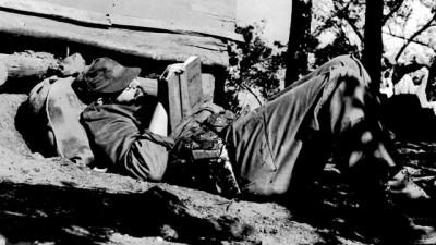 Maestros de la fotografía: documental sobre Enrique Meneses, memoria de un reportero