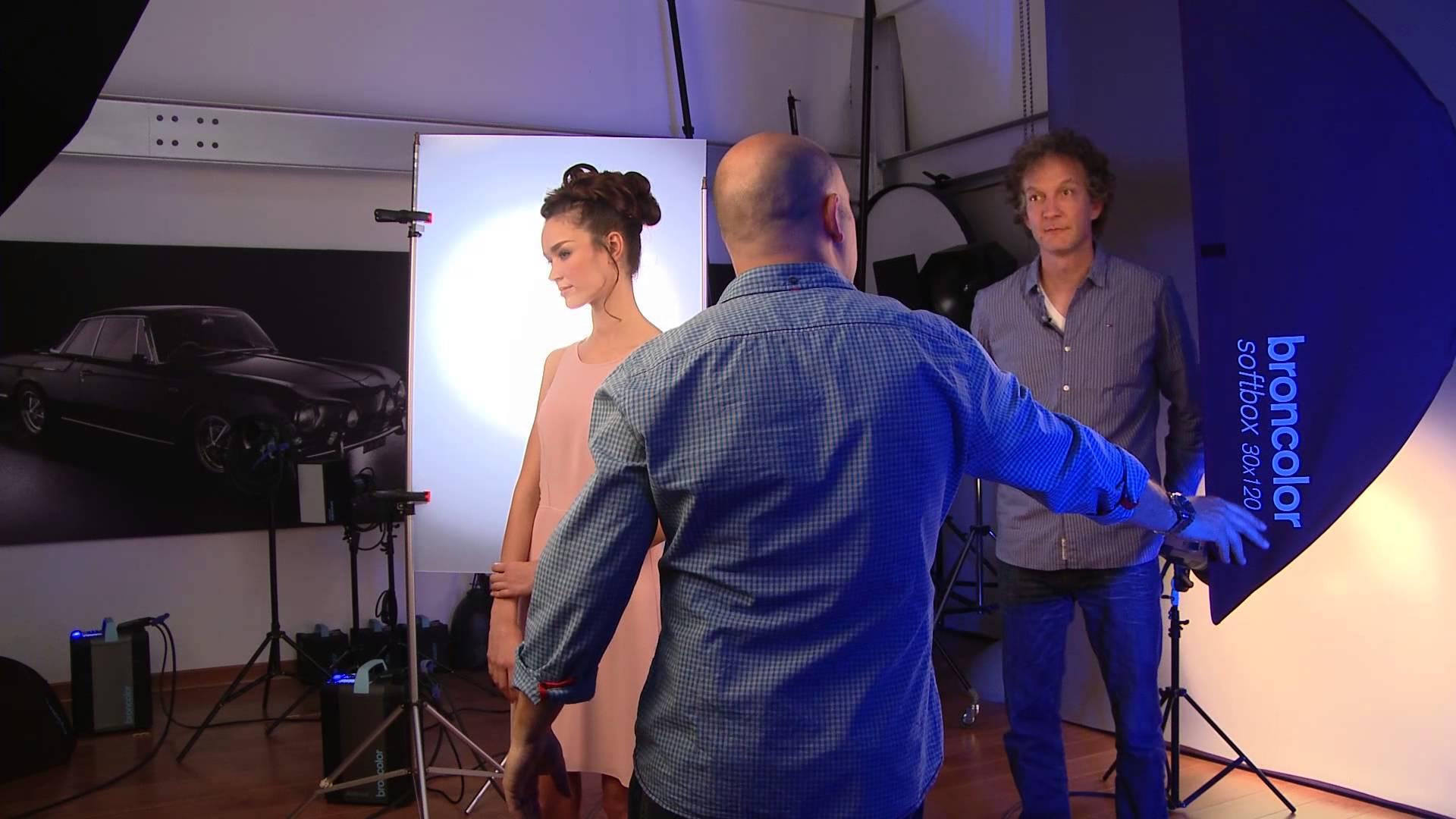 Iluminación: videotutorial con dos esquemas de fotografía de belleza sutiles
