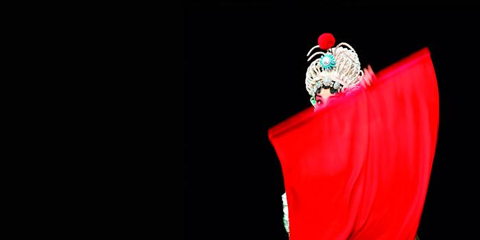 La mujer moderna en China, colectiva sobre su papel como dinamizadora del país asiático