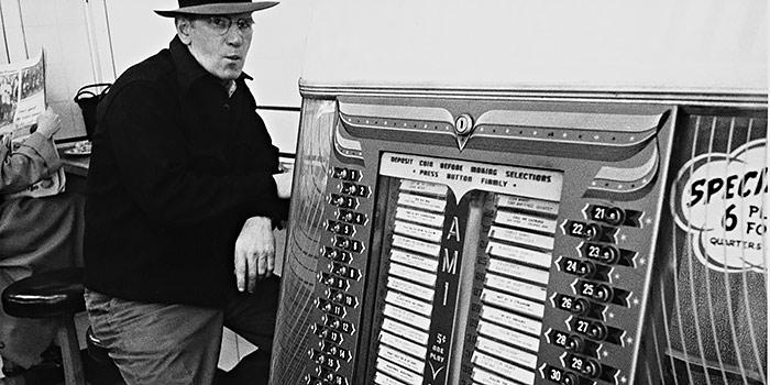 La fotografía de Robert Frank, más allá de Los americanos en un libro de La Fábrica