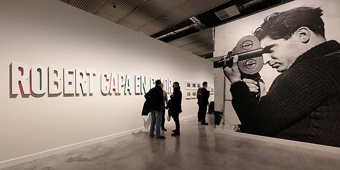 Robert Capa en color, una exposición con su obra menos conocida