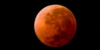 Consejos para fotografiar la luna de sangre este viernes 27 de julio